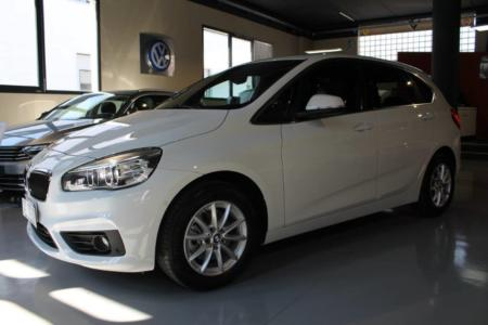 BMW 218 i Active Tourer Advantage Head-Up FULL LED ecc
